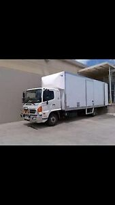 Local and Interstate removals with 8t truck and tailgate service Ingleburn Campbelltown Area Preview