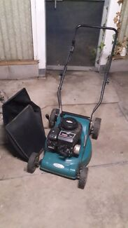 Lawn Mower with grass catcher Birmingham Gardens Newcastle Area Preview