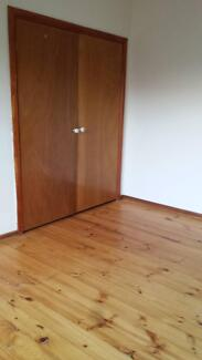 Fully Furnished Rooms: Room-share from $88 p.w. bills included Heidelberg West Banyule Area Preview
