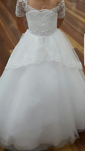2 x Absolutely stunning wedding/flower girl dresses Birrong Bankstown Area Preview
