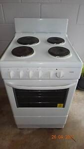 Freestanding cooker / stove Darwin CBD Darwin City Preview