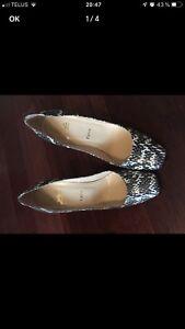 Chaussures Christian Louboutin Authentiques - Modèle Roccia