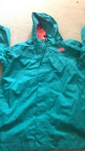 NORTH FACE girls 18 like new