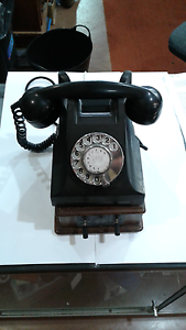 Antique bakerlite phone Goulburn Goulburn City Preview
