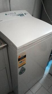 Fisher & Paykel 5.5kg Top Load Washer