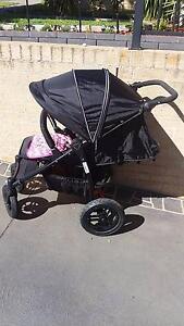 Valco baby pram Near new Condition Mount Annan Camden Area Preview