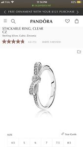 Pandora Sparkling Bow Stackable Ring, Clear