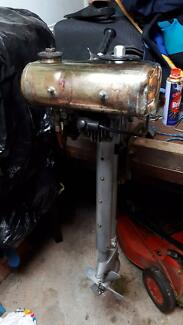 Seagull Outboard Motor Forty Minus/Featherweight 1970