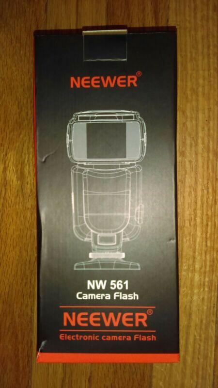 Neewer Speedlight NW561 Flash.