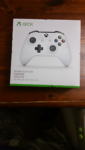 White xbox one controller Hamersley Stirling Area Preview