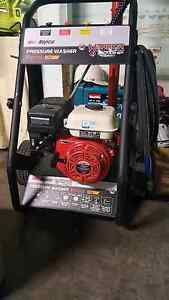 Pressure washer peteol 7.0 hp 3200 psi Kippa-ring Redcliffe Area Preview