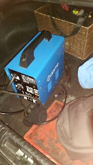 130 amp gas / gasless mig welder  Adelaide CBD Adelaide City Preview