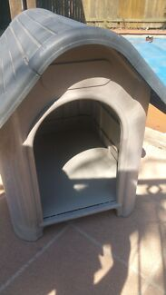 Dog house kennel Walloon Ipswich City Preview
