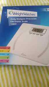 weight watchers bathroom scale Docklands Melbourne City Preview