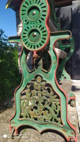 """Antique XIX c. Original Cast Iron Ornamental Mangle. Clothes wringer England 60"""""""