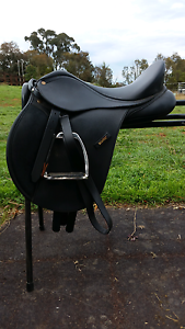 Wintec 250 saddle pony Royalla Queanbeyan Area Preview