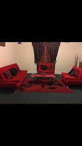 Red couches Arncliffe Rockdale Area Preview