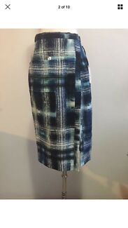 Wanted: PIPERLANE (brand new with tag) paper runs matrix skirt AU10