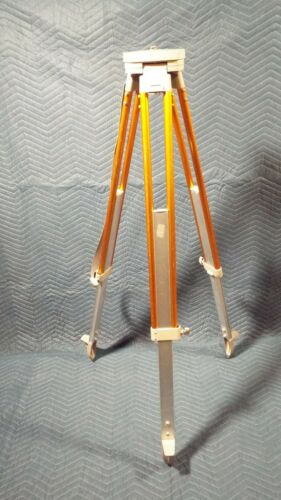 Lietz Sokisha standard tripod 5/8 by 11 threads