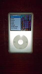 iPod 120gb Classic Silver/Chrome Yokine Stirling Area Preview