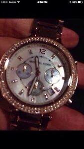 MK Mother of pearl rose gold ladies Watch BRAND NEW