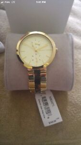 BRAND NEW MICHAEL KORS WOMENS GOLD WATCH!!