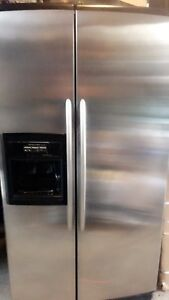 Kitchen  aid stainless steel 22Cu ft side by side fridge