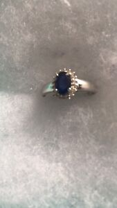 Authentic 14k yellow gold blue sapphire and diamond ring