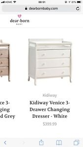 Changing table with 3 drawers. Urgent