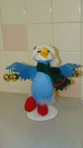 2011 Annalee Adorable BLUE BIRD with Bells Doll Red Green White Blue Christmas