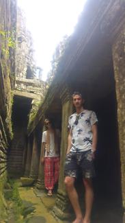 Proffessional couple looking for short term accom Karabar Queanbeyan Area Preview