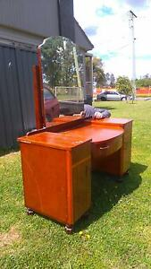 (reduced to $40) Wooden DRESSING Table and MIRROR St Marys Penrith Area Preview
