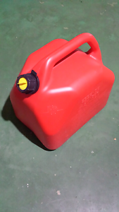 Fuel container Jerry Can 20l Safety Bay Rockingham Area Preview