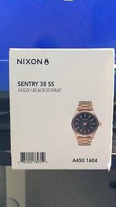 Nixon Analog Watch