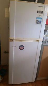 $50 SAMSUNG fridge $ Freezer Eastlakes Botany Bay Area Preview