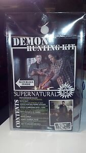 Supernatural-Demon-Hunting-Kit-Sam-Dean-Winchester