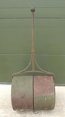 Antique Victorian Cast Iron Garden Roller with Clover Leaf Ends Nice Patina