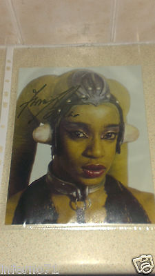 Femi Taylor Oola Star Wars Return of the Jedi In-Person Autograph Photo