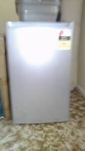 Brand new stainless steel bar fridge Young Young Area Preview