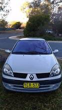 2003 Renault Clio Hatchback with 1 year Rego at very good price Kambah Tuggeranong Preview