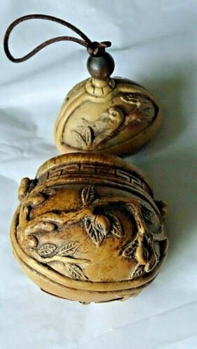 Japanese Asian Oriental Ornate Vintage Wood carved Bird & Trees Inro Bottle