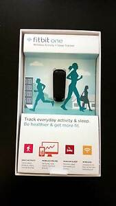 Fitbit One Black (near new in box) Isaacs Woden Valley Preview
