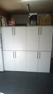 4 x high quality modern kitchen units. RRP 199 each Lilyfield Leichhardt Area Preview