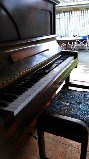 1918 Wertheim Piano, great condition