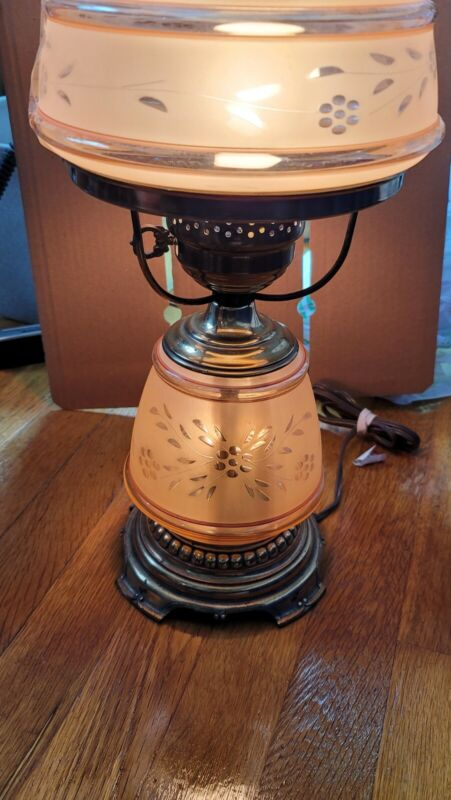 "Vintage, 18""High Hurricane Lamp Quoizel, 3-Way Lighting, 1977 Tested/Working"