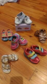 Girls  shoes and clothes toddler size