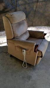 Electric lift and recliner chair Bridgewater Adelaide Hills Preview