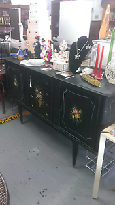FRENCH DESIGN BUFFET Derwent Park Glenorchy Area Preview