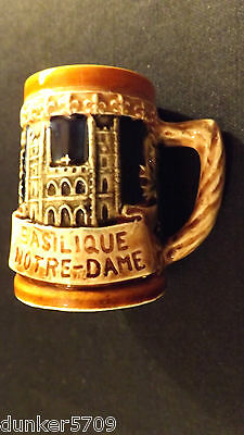 """GIFTCRAFT MINIATURE BEER STEIN FEATURES VIEUX MONTREAL & NOTRE-DAME JAPAN 2 1/2"""""""