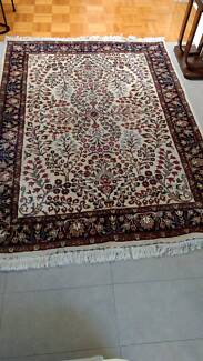 Hand knotted pure wool rug